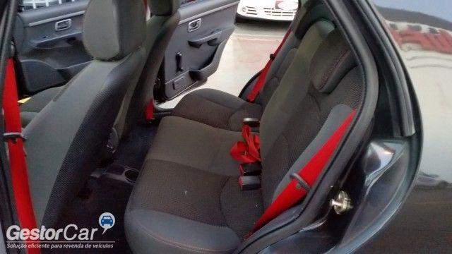 Fiat Palio 1.8 R (Flex) 4p - Foto #6