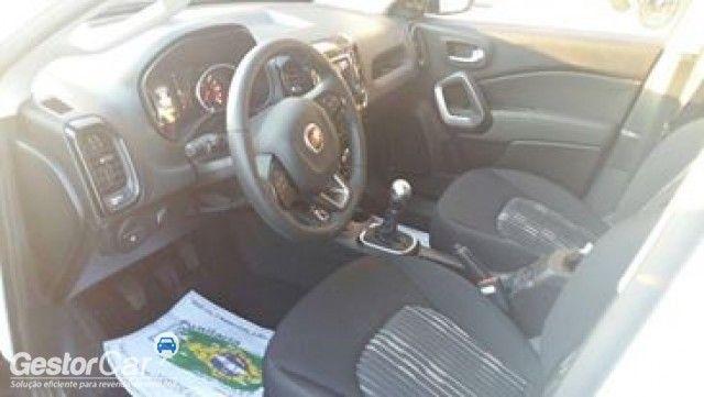 Fiat Toro Freedom 2.0 diesel MT6 4x2 - Foto #2