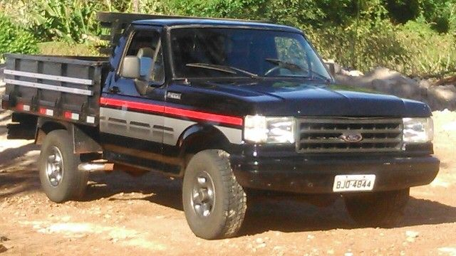Ford F1000 Super Serie Turbo 4x2 3.9 (Cab Simples) - Foto #1