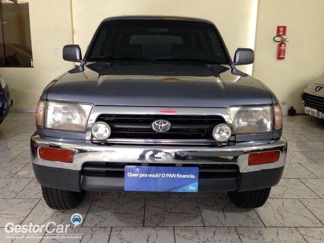 Toyota Hilux SW4 4x4 3.0 Turbo - Foto #3