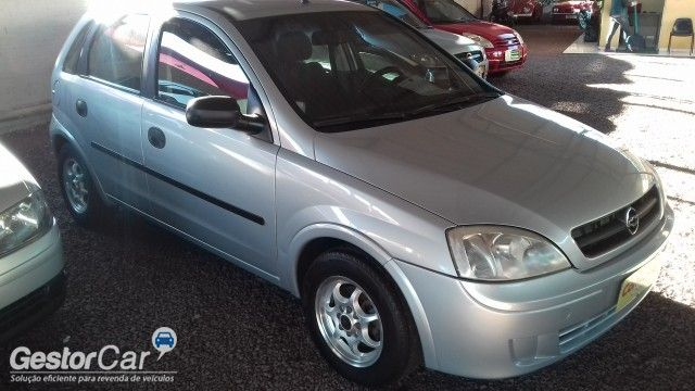 Chevrolet Corsa Hatch 1.0 8V - Foto #2
