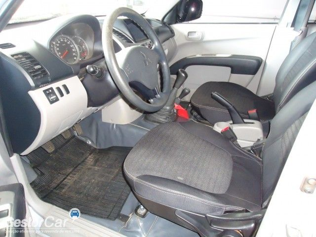 Mitsubishi L200 Triton 3.2 DI-D 4x4 - Foto #3