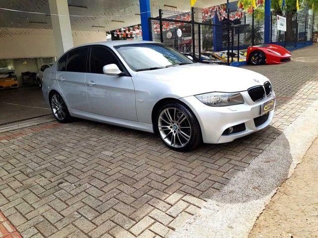 BMW 318i (aut) - Foto #1