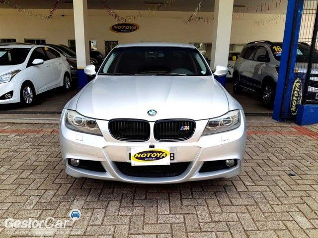 BMW 318i (aut) - Foto #2