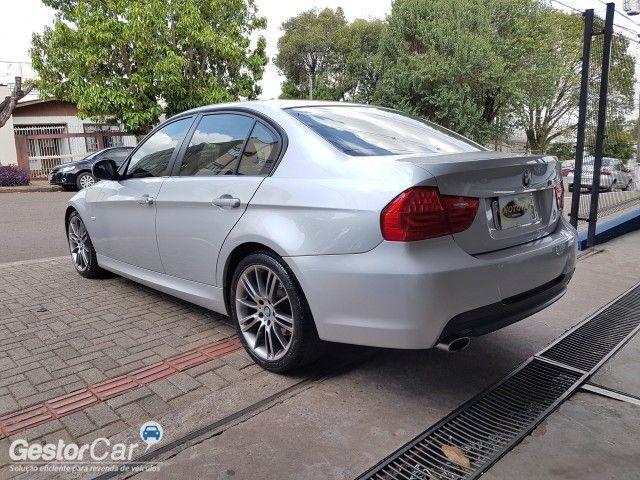 BMW 318i (aut) - Foto #3