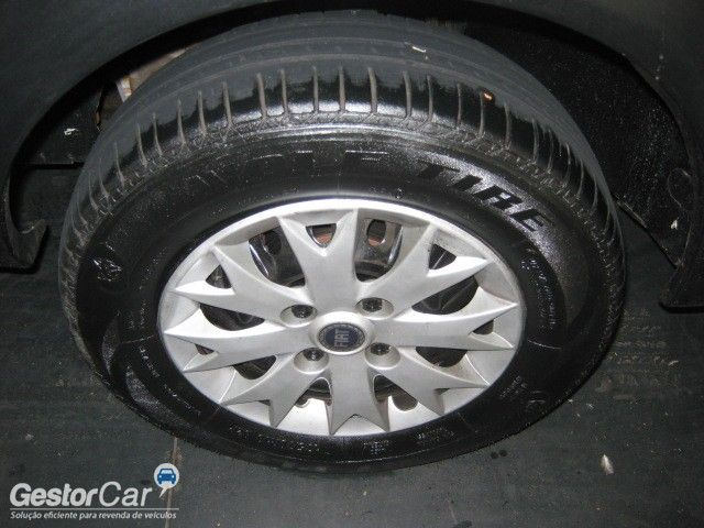 Fiat Uno Mille Fire 1.0 (Flex) 4P - Foto #6