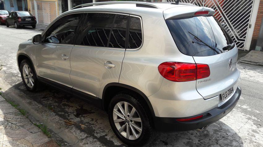 Volkswagen Tiguan 2.0 TSI - Foto #3