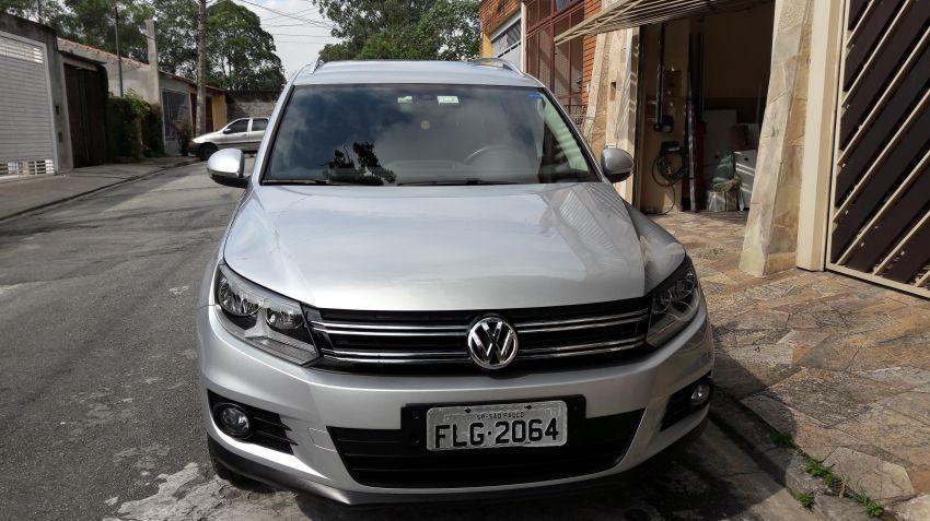 Volkswagen Tiguan 2.0 TSI - Foto #4