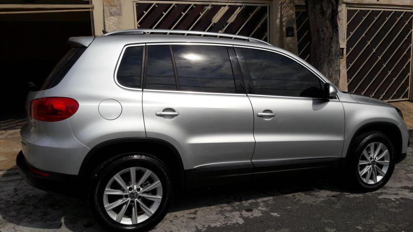 Volkswagen Tiguan 2.0 TSI - Foto #6