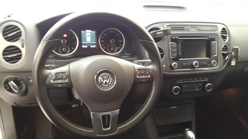Volkswagen Tiguan 2.0 TSI - Foto #7