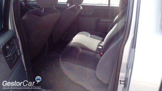 Chevrolet S10 Luxe 4x2 2.8 (Cabine Dupla) - Foto #4
