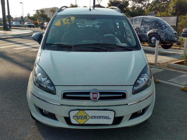 Fiat Idea Essence Dualogic 1.6 16V Flex - Foto #2