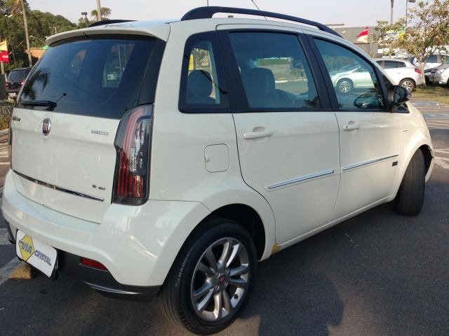 Fiat Idea Essence Dualogic 1.6 16V Flex - Foto #7
