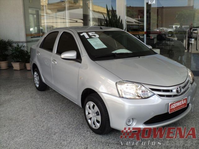 Toyota Etios Sedan X 1.5 16V Flex - Foto #1