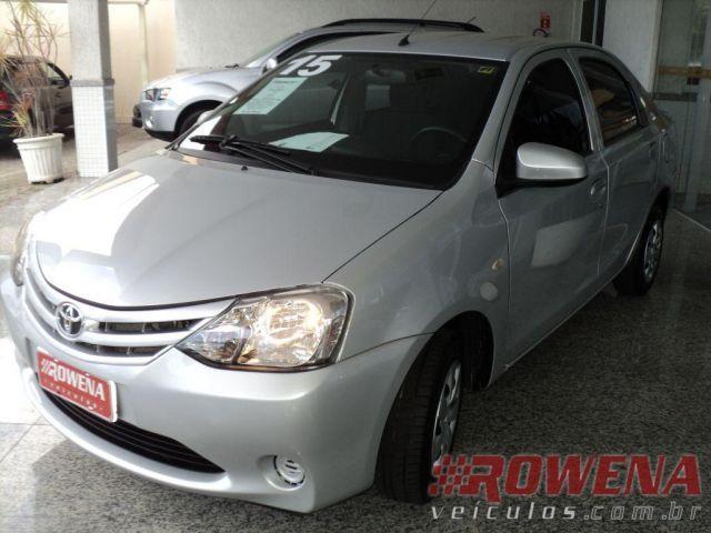 Toyota Etios Sedan X 1.5 16V Flex - Foto #3
