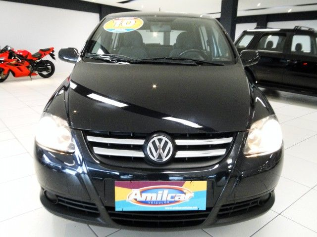 Volkswagen Fox Black 1.0 8V (Flex) 4p - Foto #1