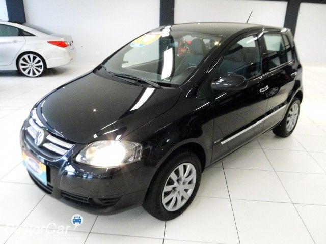 Volkswagen Fox Black 1.0 8V (Flex) 4p - Foto #3