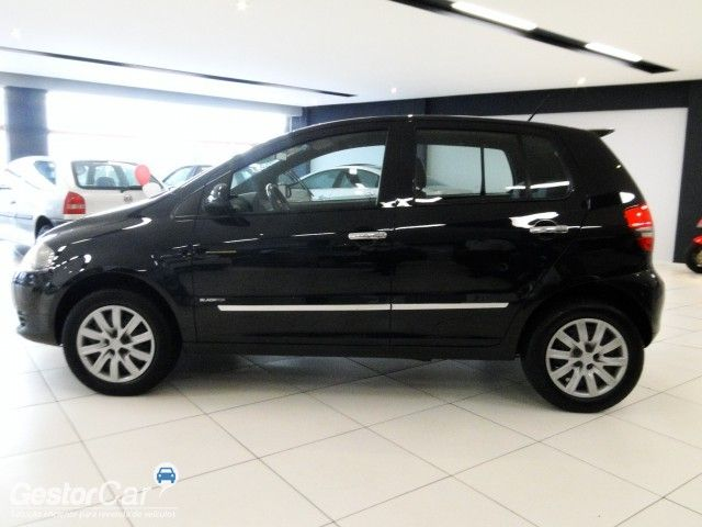 Volkswagen Fox Black 1.0 8V (Flex) 4p - Foto #7