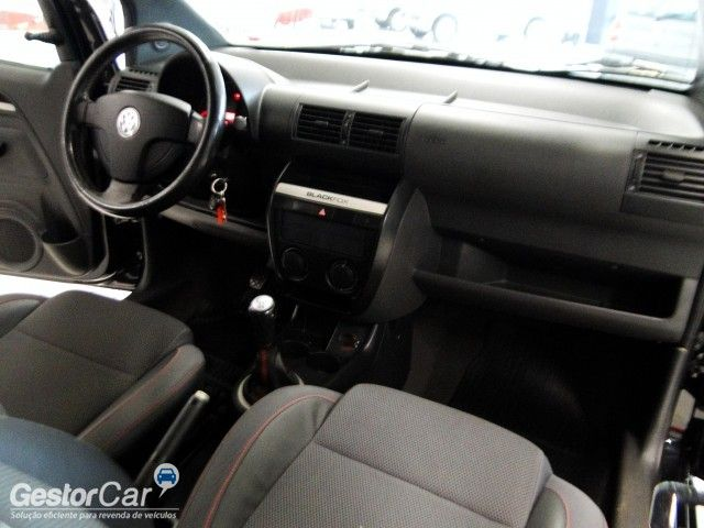 Volkswagen Fox Black 1.0 8V (Flex) 4p - Foto #8