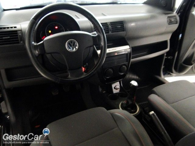 Volkswagen Fox Black 1.0 8V (Flex) 4p - Foto #9