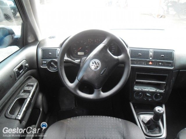 Volkswagen Golf 1.6 MI - Foto #5