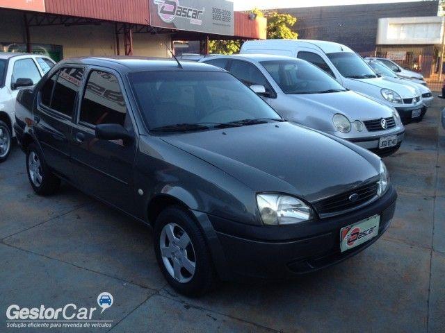Ford Fiesta Sedan Street 1.6 MPi - Foto #3