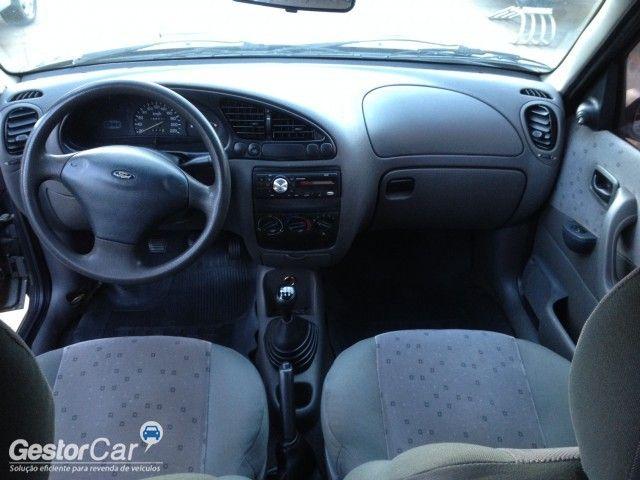 Ford Fiesta Sedan Street 1.6 MPi - Foto #7
