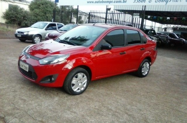 Ford Fiesta Sedan 1.0 Rocam (Flex) - Foto #1