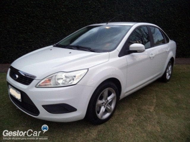Ford Focus Sedan 1.6 16V (Flex) - Foto #3