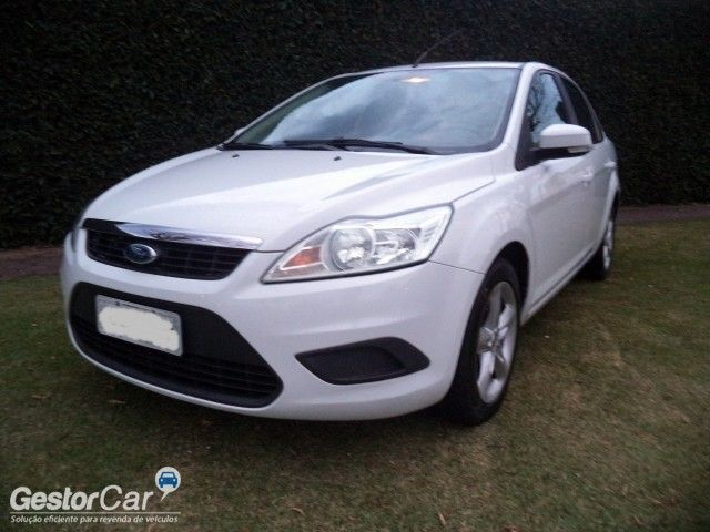 Ford Focus Sedan 1.6 16V (Flex) - Foto #4