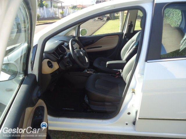 Fiat Linea 1.8 16V Absolute Dualogic - Foto #5