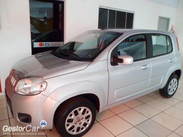 Fiat Uno Vivace 1.0 (Flex) 2p - Foto #2