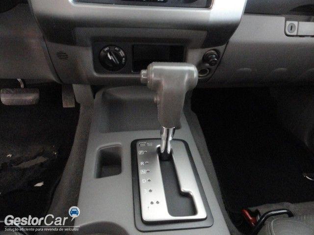 Nissan Frontier SEL 4x4 2.5 16V (cab. dupla) (aut) - Foto #10