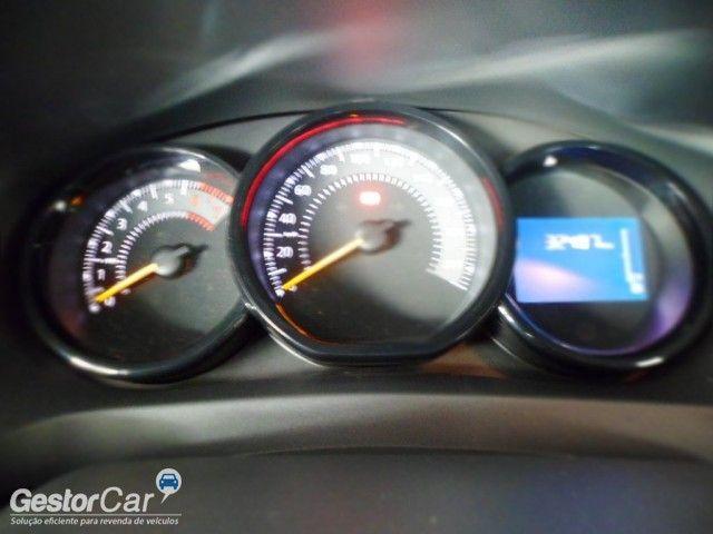 Renault Sandero Expression 1.6 8V - Foto #6
