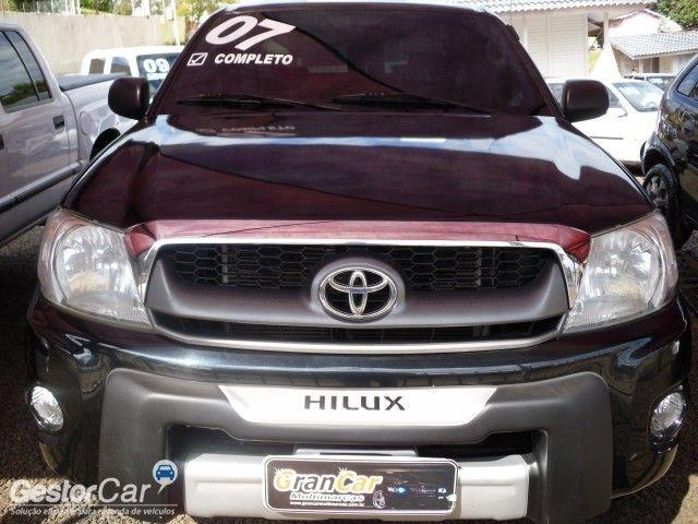 Toyota Hilux STD 4x2 2.5 (cab. dupla) - Foto #3