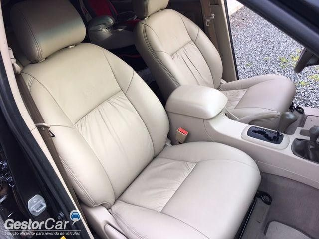 Toyota Hilux SW4 SRV 4x4 3.0 Turbo (aut) - Foto #10