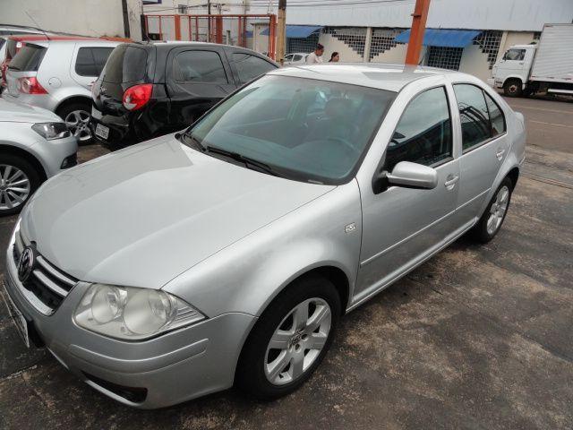 Volkswagen Bora 2.0 MI (Flex) - Foto #1