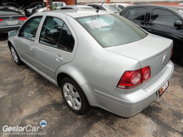Volkswagen Bora 2.0 MI (Flex) - Foto #6