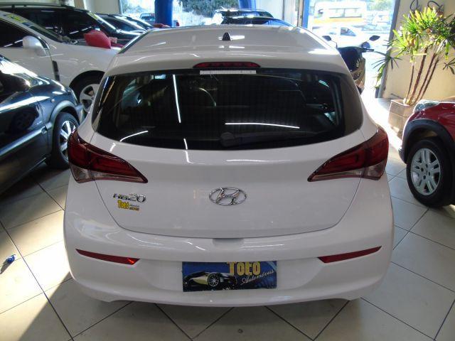Hyundai HB20 Comfort Style 1.0 Flex 12V - Foto #4