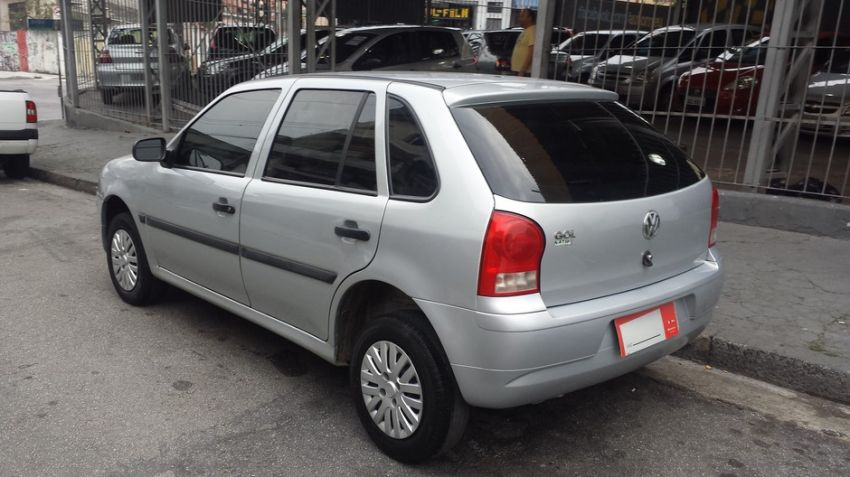 Volkswagen Gol 1.0 Mi City 8V G.iv - Foto #4