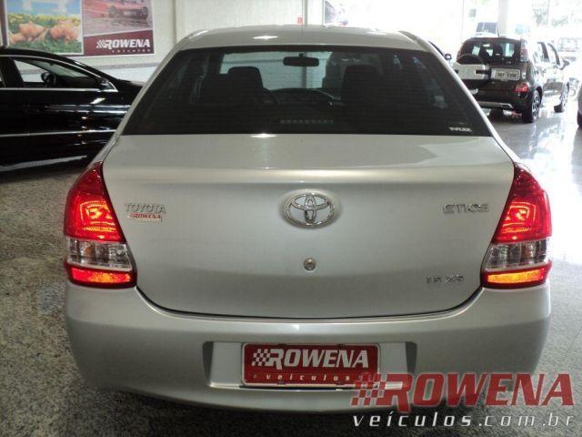 Toyota Etios Sedan XS 1.5 16V Flex - Foto #3