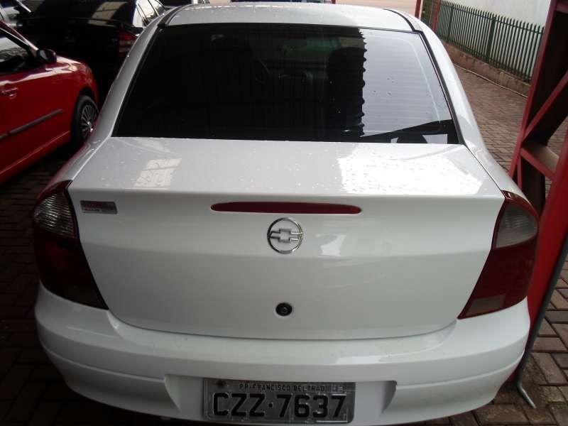 Chevrolet Corsa Sedan 1.8 (Flex) - Foto #4