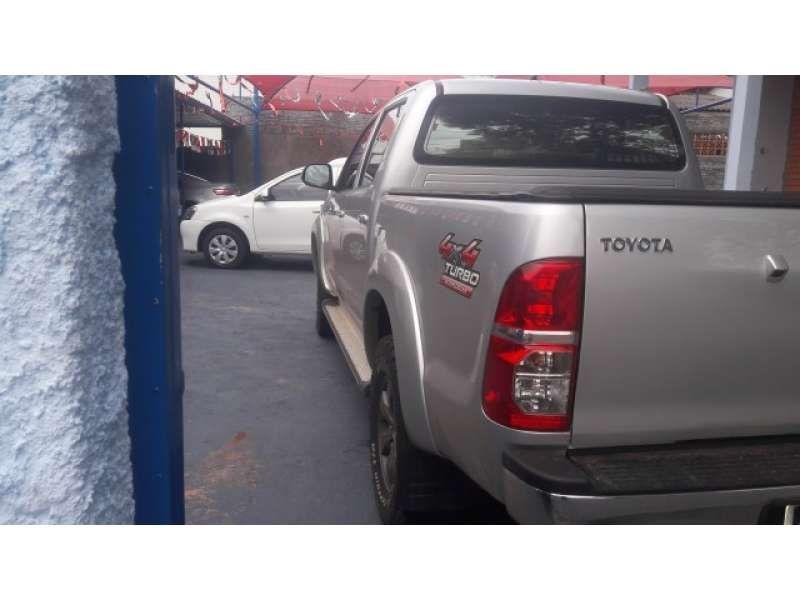 Toyota Hilux 3.0 TDI 4x4 CD SRV Auto - Foto #8