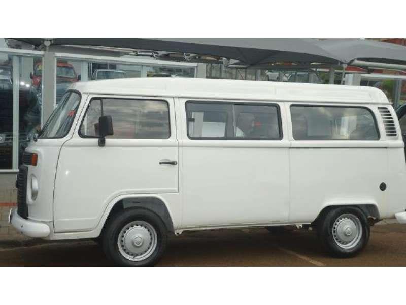 Volkswagen Kombi Escolar 1.4 (Flex) - Foto #9