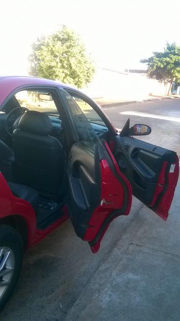 Chrysler Neon LE 2.0 16V (aut) - Foto #5