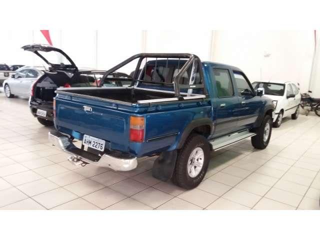 Toyota Hilux SR5 4x4 2.8 (cab. dupla) - Foto #4
