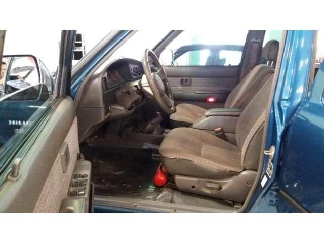 Toyota Hilux SR5 4x4 2.8 (cab. dupla) - Foto #7