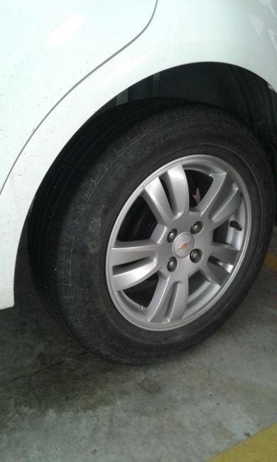 Chevrolet Sonic Hatch LT 1.6 (Aut) - Foto #4