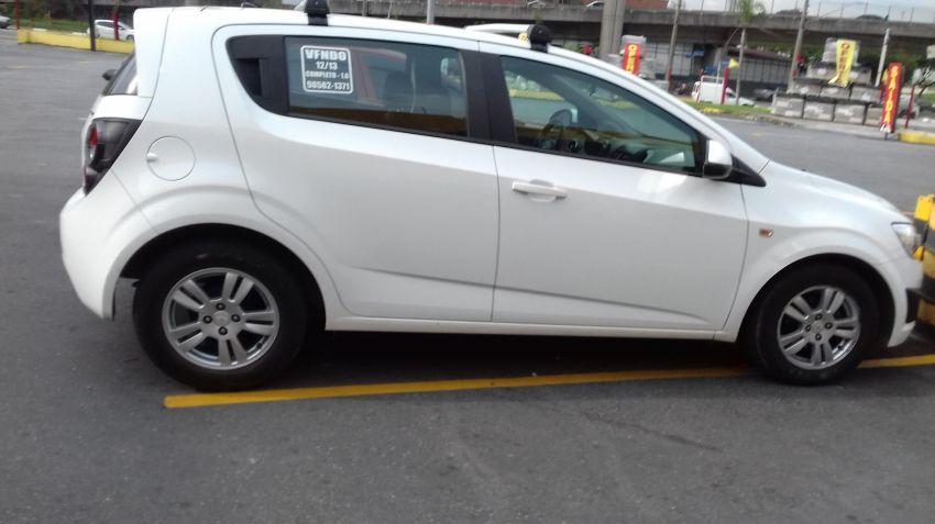 Chevrolet Sonic Hatch LT 1.6 (Aut) - Foto #5