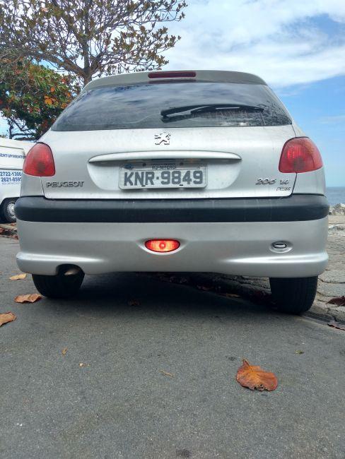 Peugeot 206 Hatch. Presence 1.4 8V (flex) - Foto #6